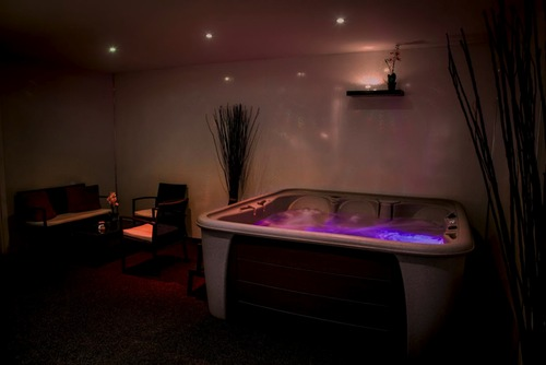 Beauty boutique day spa service for Aaina beauty salon glasgow